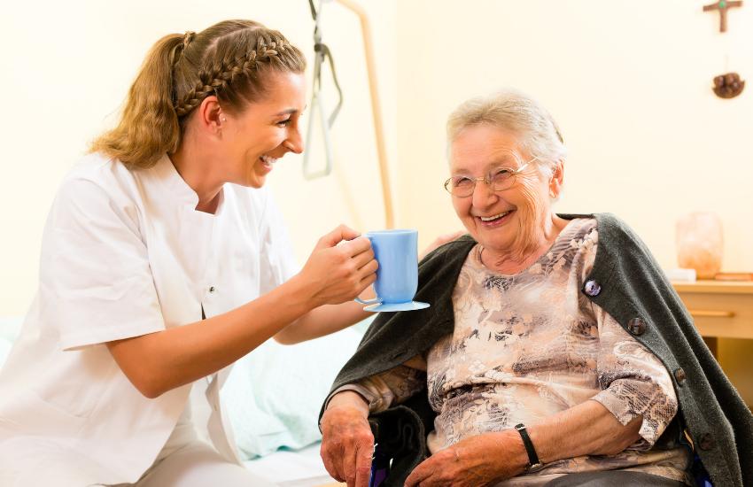 Cuidado de personas mayores en el hogar (Parte I)